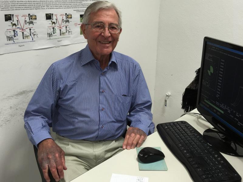 José Luis Ferretti es autor de un centenar de trabajos que aportaron argumentos y métodos de diagnóstico respecto a la fragilidad ósea.